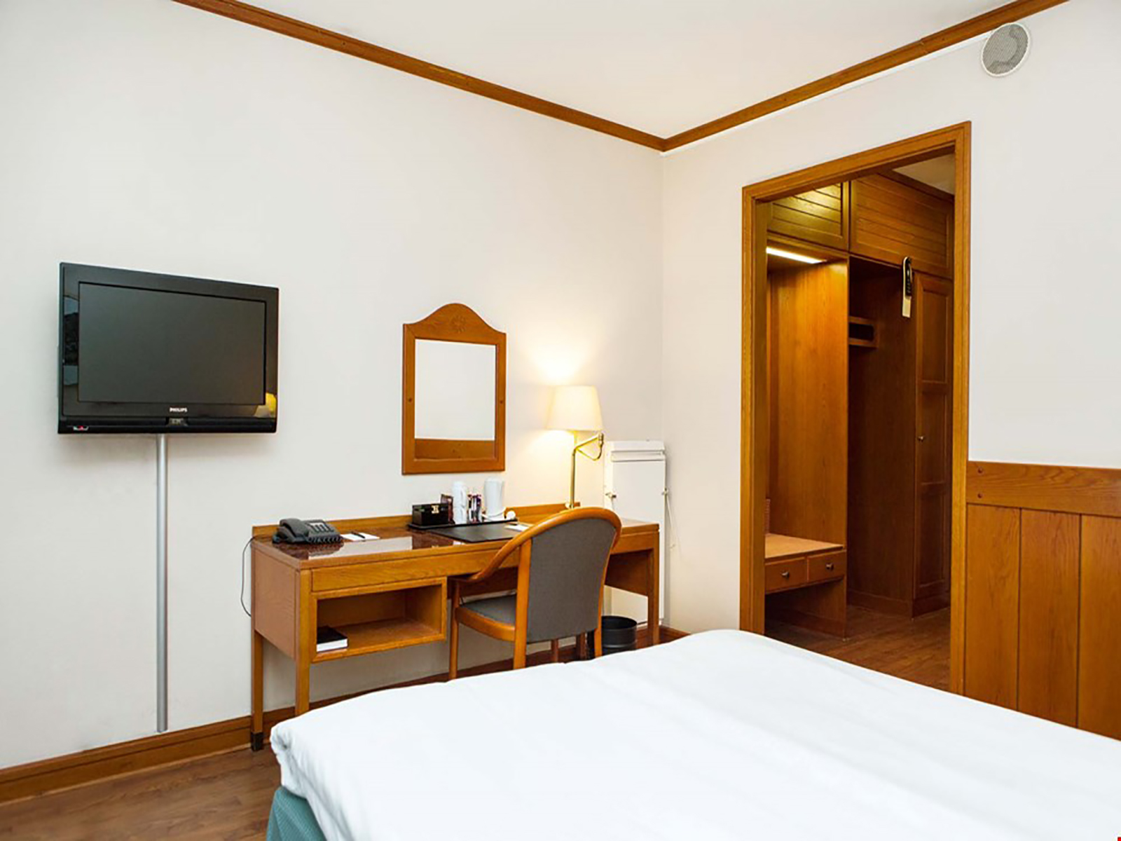 anmeldelser thai massage hotel timebasis københavn