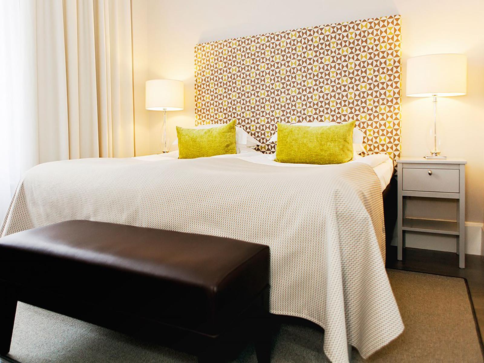 hotel med jacuzzi på værelset jylland meget store bryster