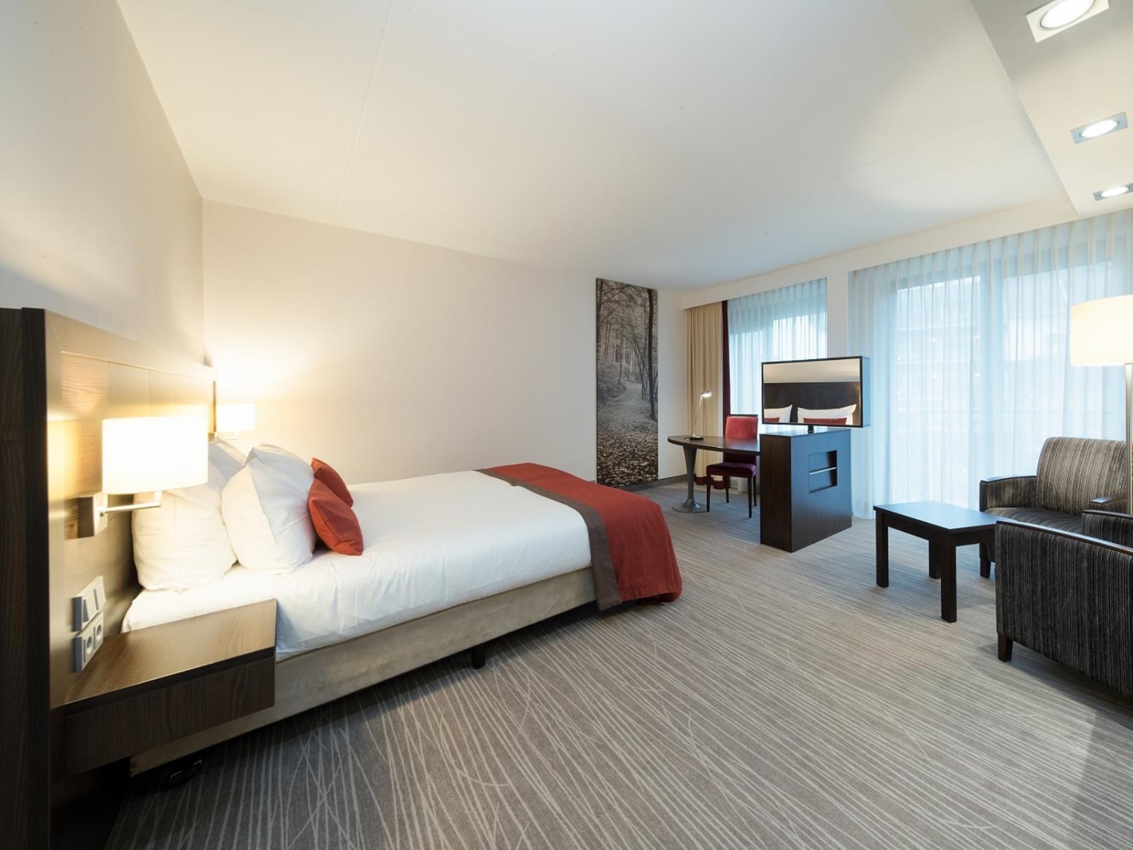 hotel med spa på værelset sjælland pige patter